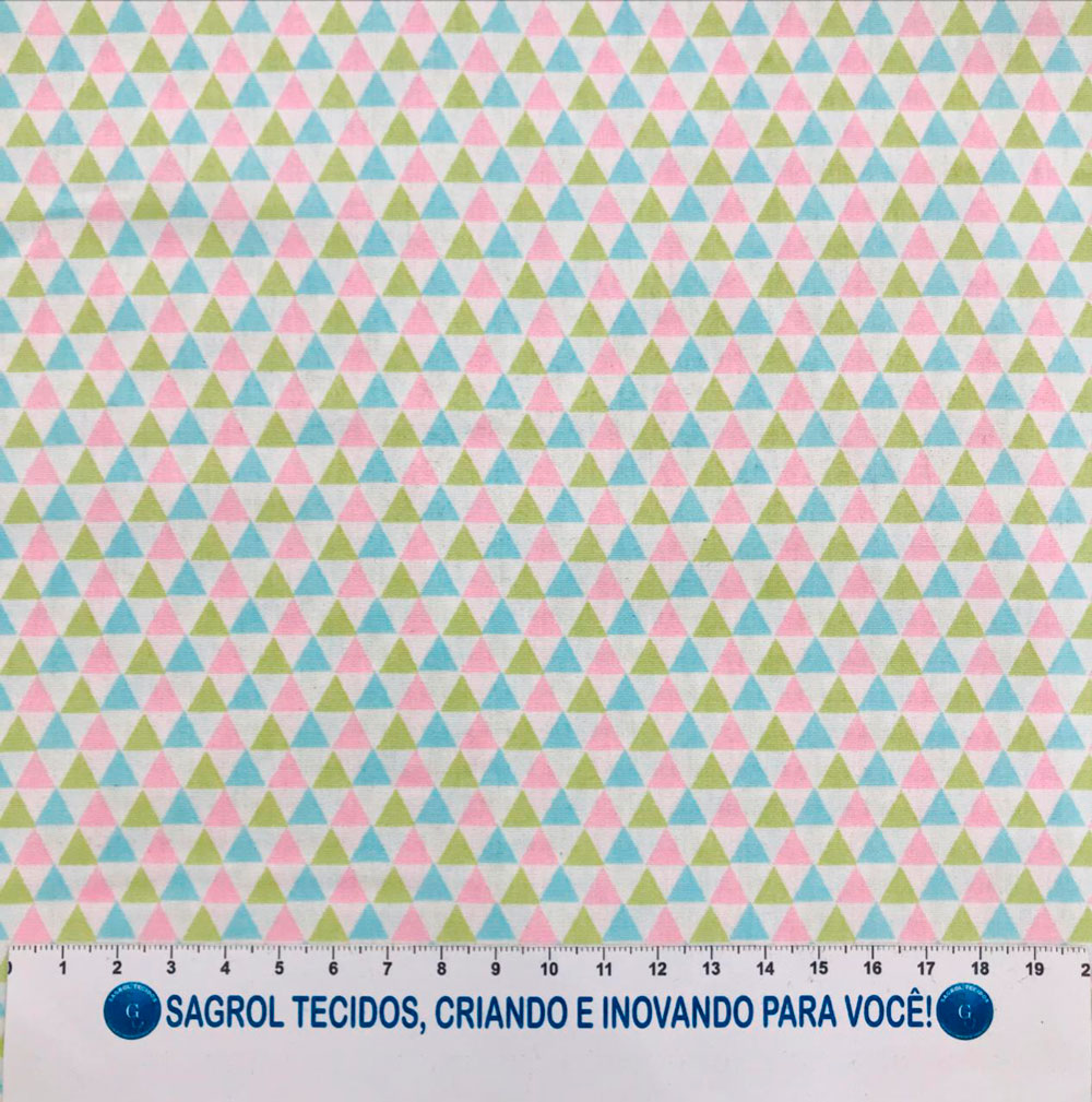 TECIDO TRICOLINE ESTAMPADA TRIÂNGULOS COLORIDOS - REF. 768